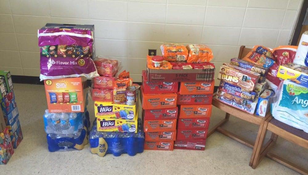Alimentos recolectados para universitarios de Alabama