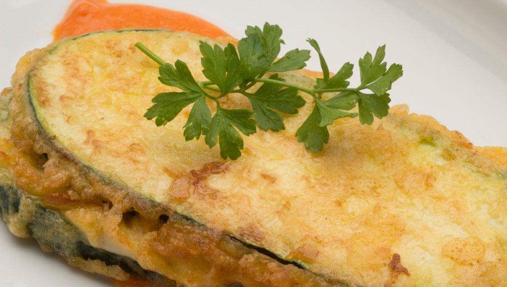 Bocados de calabacín, jamón y queso