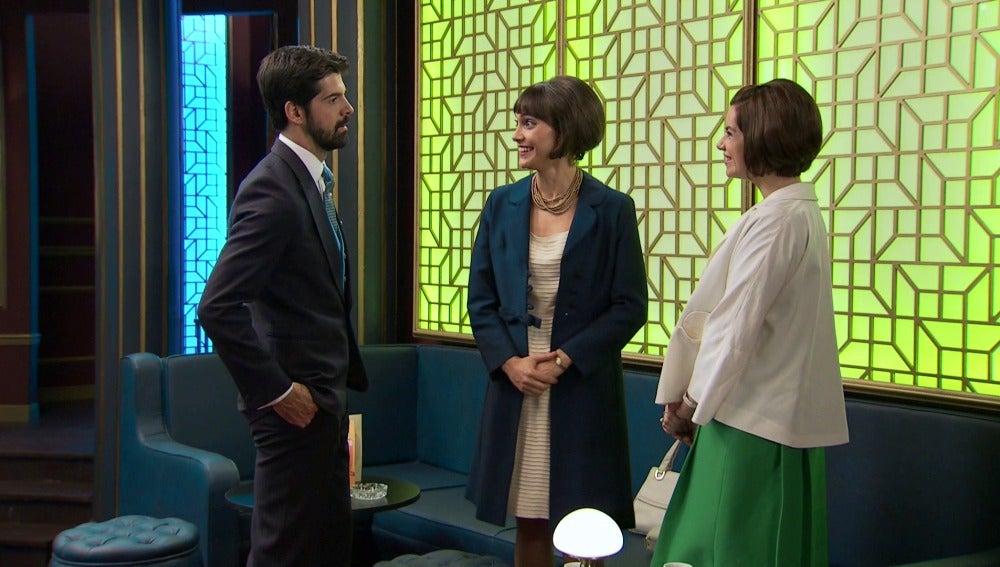 Alonso se pone nervioso al ver a Marta con Olga
