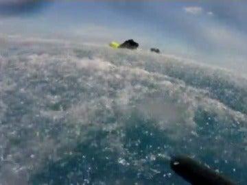 Frame 8.317249 de: Rescate de un buzo de 68 años tras 14 horas perdido en aguas australianas
