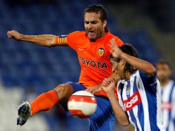Baraja en un partido con el Valencia frente al Recreativo de Huelva