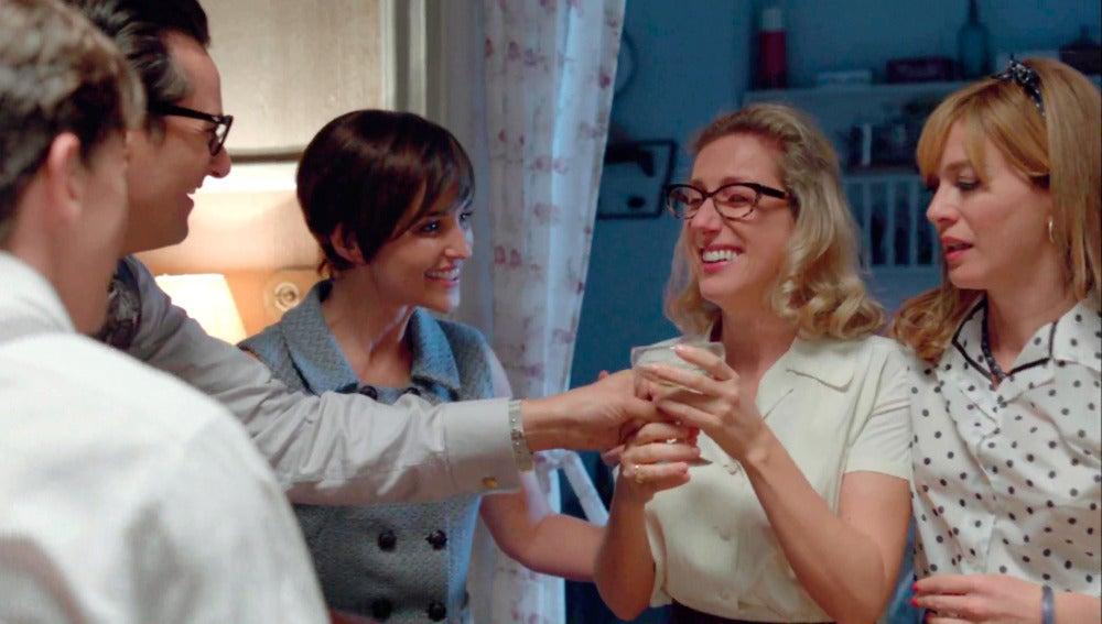Los amigos de Rita la sorprenden con una noche amor