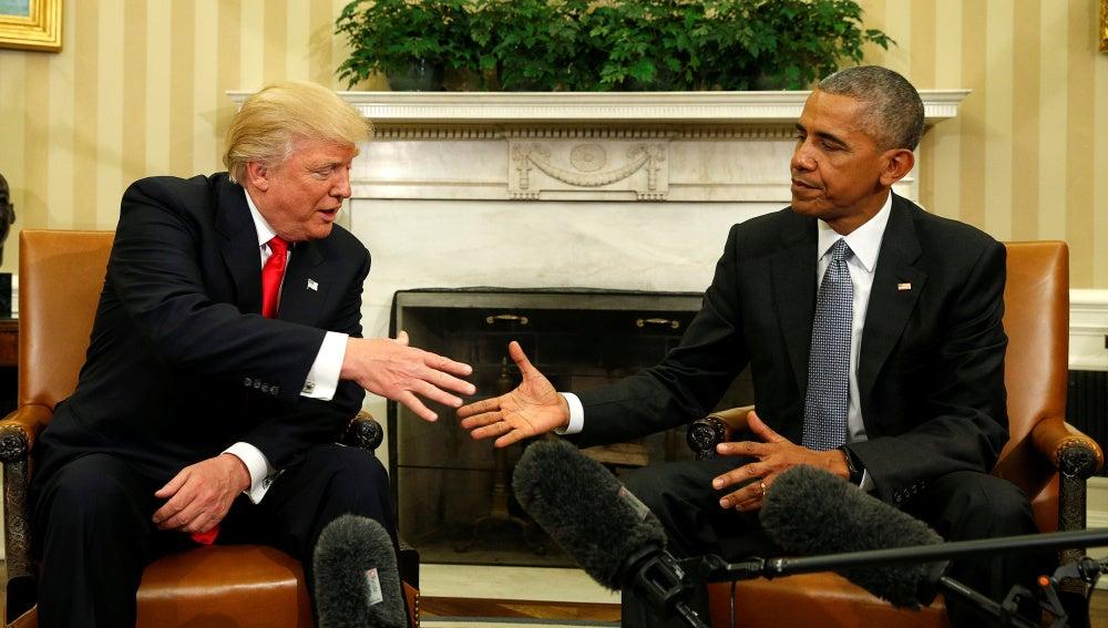 Obama recibe a Trump en la Casa Blanca para iniciar el traspaso de poderes