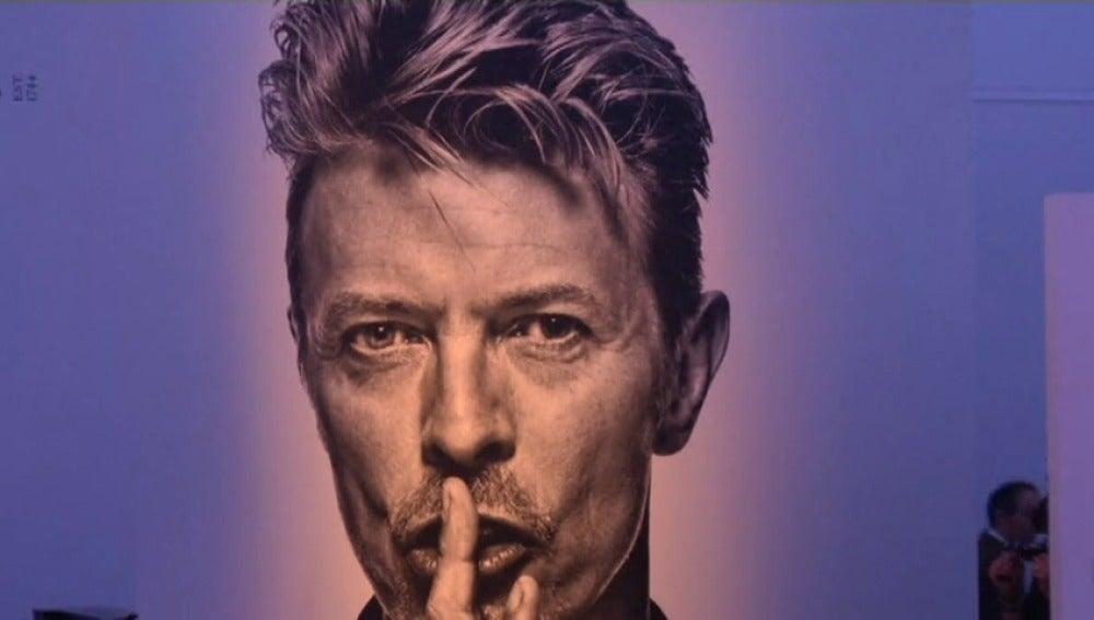 Frame 1.570638 de: La subasta de la colección de arte del fallecido David Bowie alcanza los 29 millones de euros