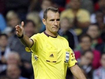 Clos Gómez, durante un partido de Primera División