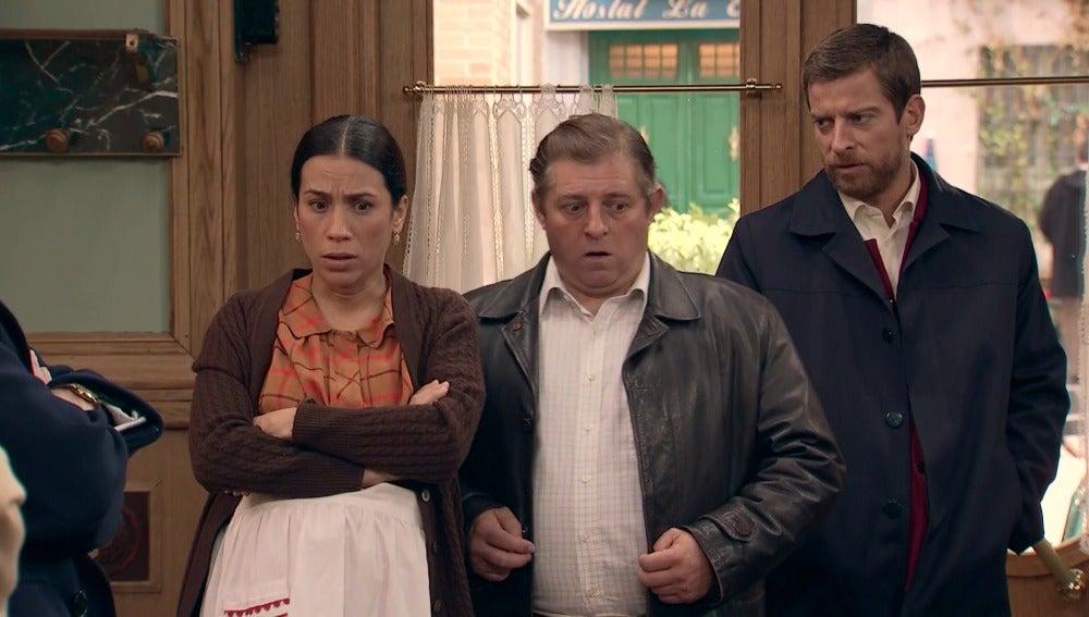 El presentador descubre la farsa de Marcelino y Manolita