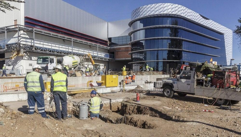 Obras de reconstrucción de la fábrica de Campofrío en Burgos