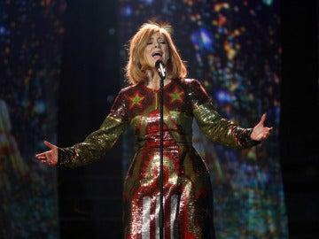 Lorena Gómez realiza una actuación estelar como Adele en 'When we were young'