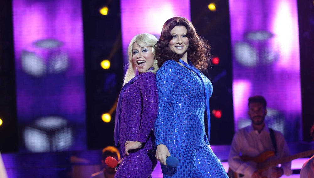 Rosa López y Verónica Romero lucen como ABBA en 'Dancing Queen'
