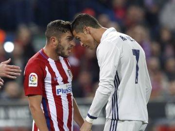 Koke en un enfrentamiento con Cristiano Ronaldo