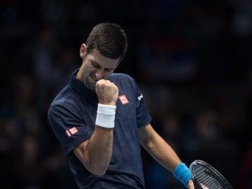 Djokovic vence a Nishikori en la Copa Masters