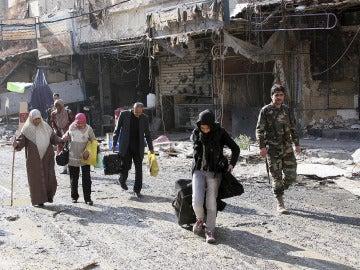 Continúan los bombardeos sobre Alepo