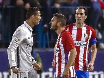 Cristiano y Koke, enfrentados en el derbi del Calderón