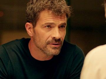 """Héctor a Lola: """"Creo que el capitán te está utilizando"""""""