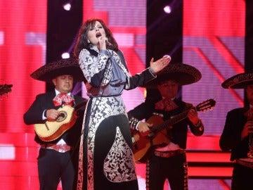 Lorena Gómez recalca que 'Fue un placer conocerte' como Rocío Dúrcal