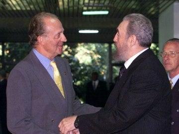 El Rey Juan Carlos, con Fidel Castro