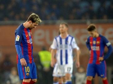 Messi se lamenta tras acabar el partido en Anoeta