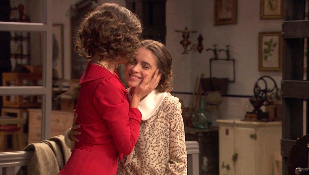 ¿Le sonríe el amor a Beatriz Dos Casas?