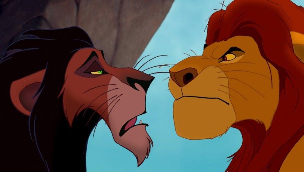 Scar y Mufasa en 'El Rey León'