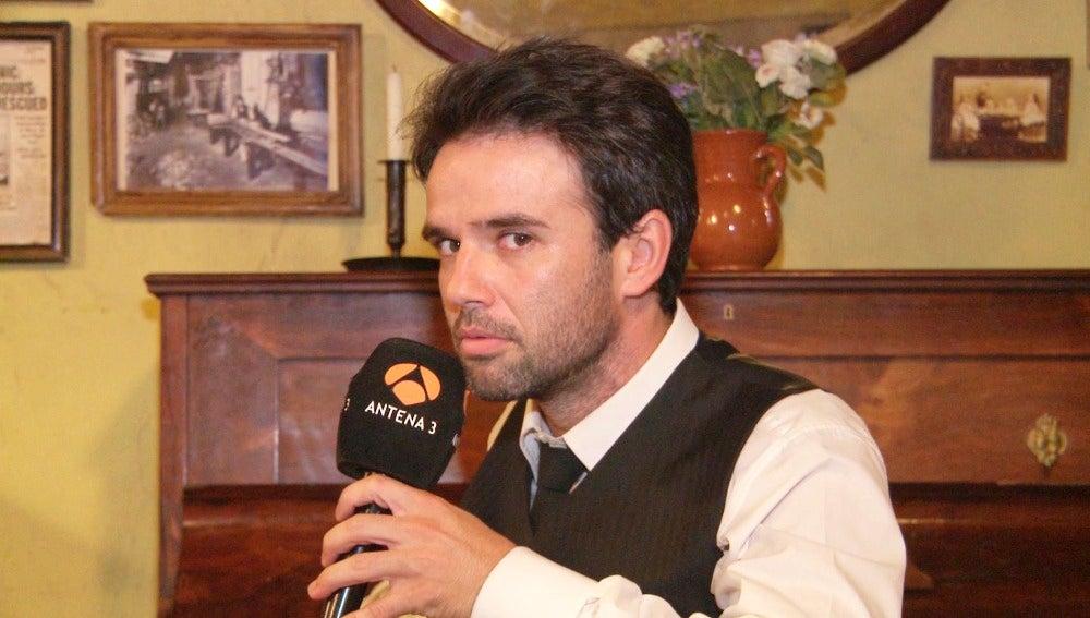 Raúl Peña se despide de su compañera en la serie