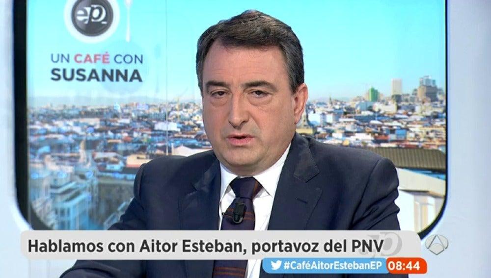 """Frame 600.083351 de: Aitor Esteban, sobre el techo de gasto: """"Con quien está intentando pactar el PP es con el PSOE"""""""
