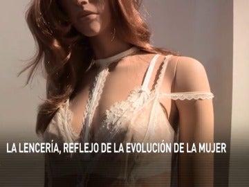Frame 47.019403 de: La evolución de la mujer a través de la lencería