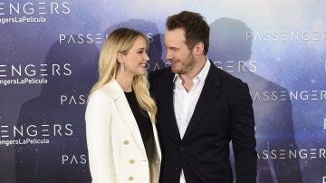 Jennifer Lawrence y Chris Pratt en su visita a Madrid