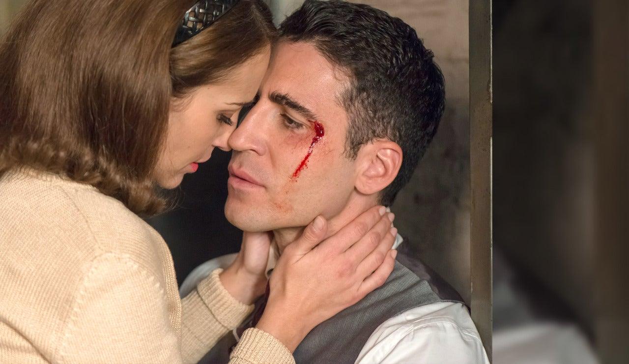 Ana cura las heridas de Alberto