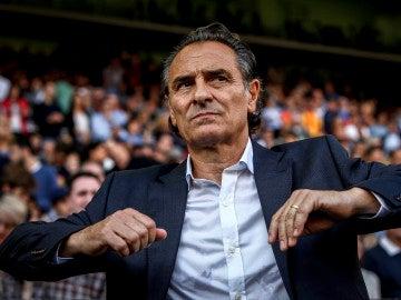 Cesare Prandelli, durante un encuentro con el Valencia