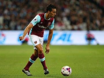 Álvaro Arbeloa en un partido con el West Ham