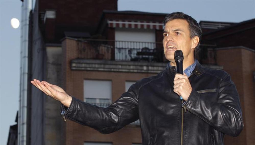 Pedro Sánchez, durante un acto público en Asturias