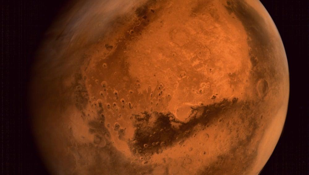 Marte observado por la sonda india Mars Orbiter Mission (MOM), popularmente conocida como Mangalyaan