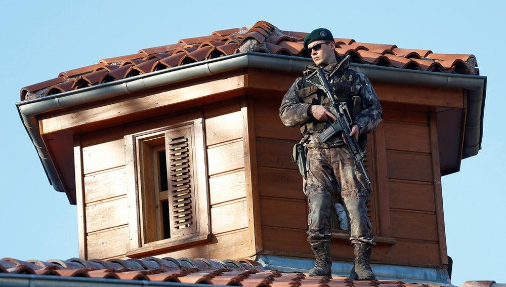 Un agente turco controla la ciudad