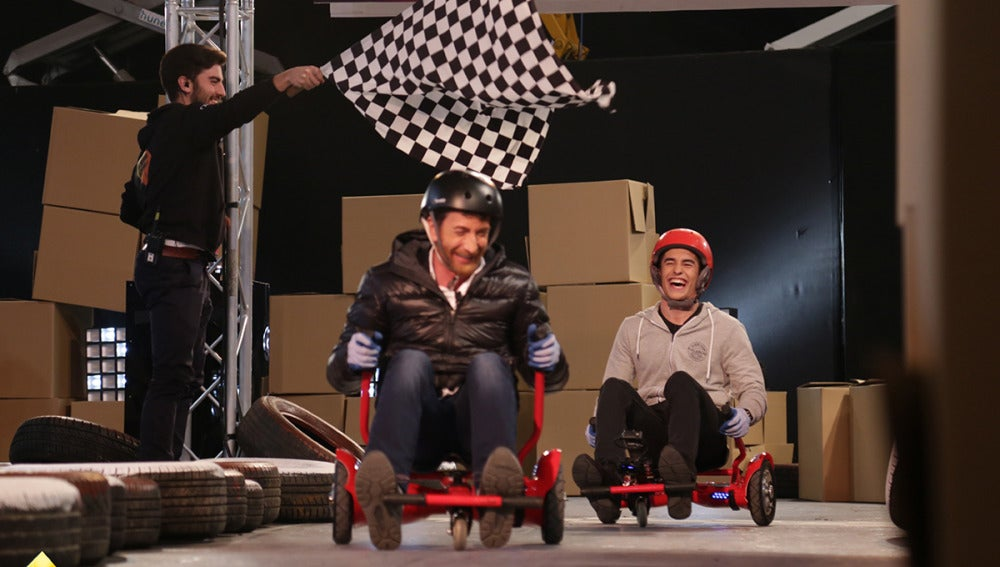 Pablo Motos consigue ganar a Marc Márquez en una carrera de karts