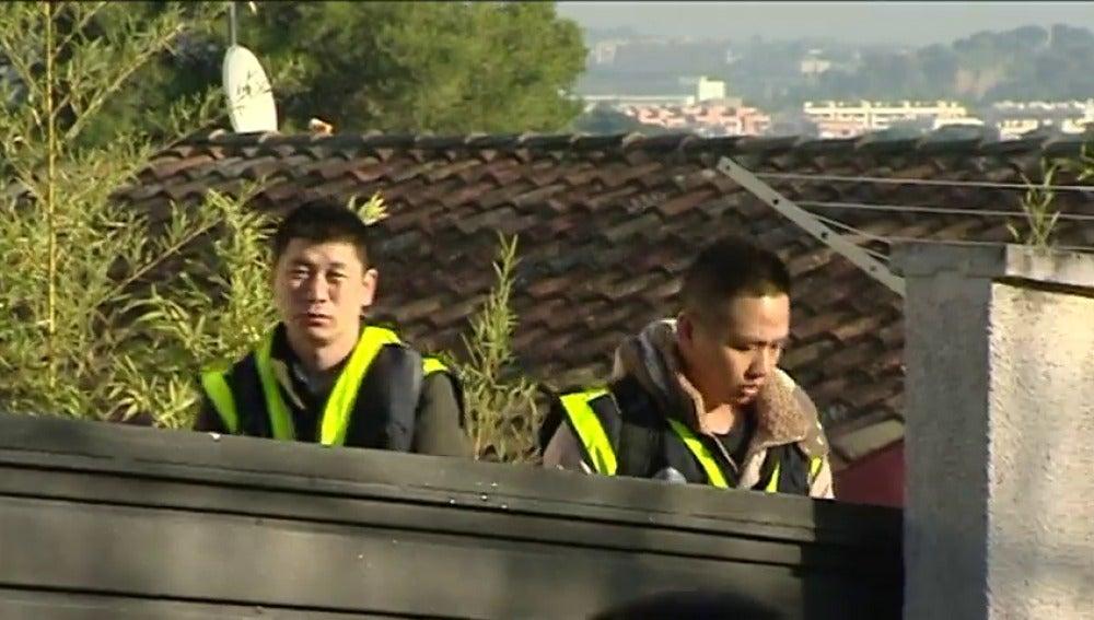 Frame 31.340317 de: La Policía lleva a cabo una macrooperación contra una red de ciudadanos chinos que estafaban a compatriotas a través de internet