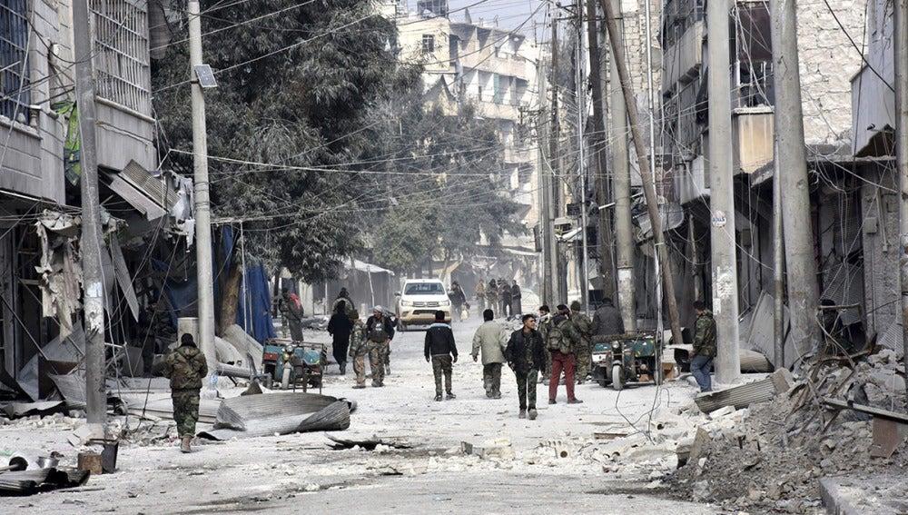 Evacuación de un barrio de Alepo