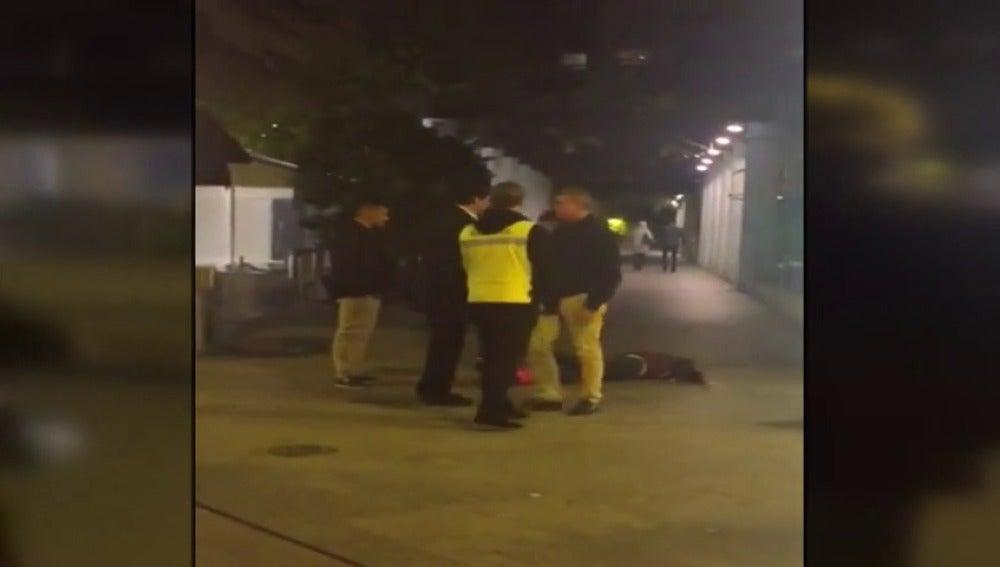 no de los detenidos por la agresión a un joven en Murcia queda en libertad tras prestar declaración