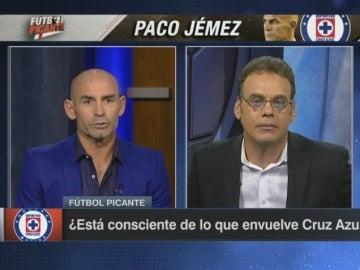 Pique de Paco Jémez con un futbolista mexicano