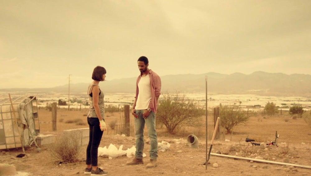 Kaled y Pilar se convierten en socios para unir fuerzas frente a sus enemigos