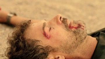 Héctor y Pablo, duelo a muerte en el final más justo para 'Mar de plástico'
