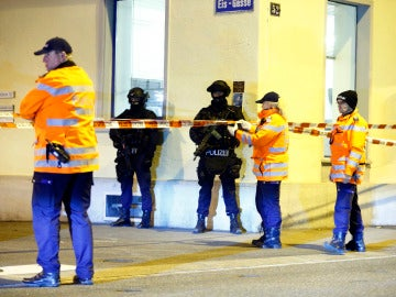 La policía en el lugar del ataque