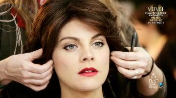 Las claves del maquillaje, peluquería y vestuario de los protagonistas de 'Vevet'