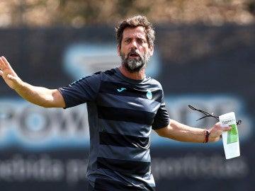 El técnico español Quique Sánchez Flores