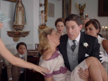 Rita se desmaya truncando el sueño de Ana y Alberto