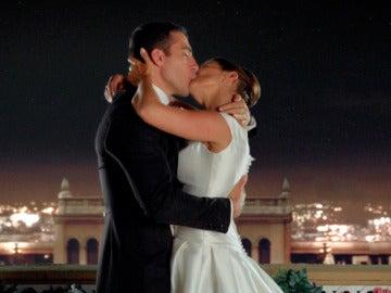 """Señor y Señora Márquez: """"Hagamos que todos nuestros sueños se hagan realidad"""""""