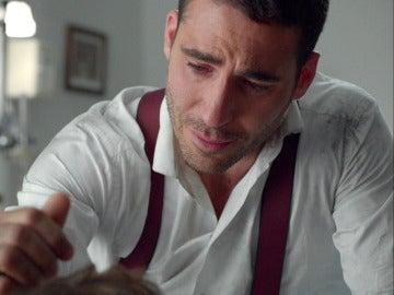 Alberto se despierta con las sinceras y emotivas palabras de su padre