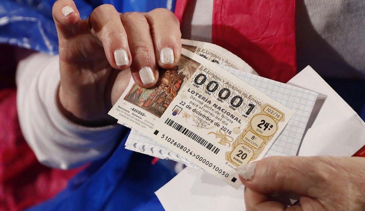 Décimo del Sorteo Extraordinario de la Lotería de Navidad con el número 00001