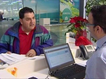 Frame 29.43161 de: Las asociaciones de consumidores reclaman a los bancos que devuelvan sin procesos lo cobrado indebidamente en las hipotecas