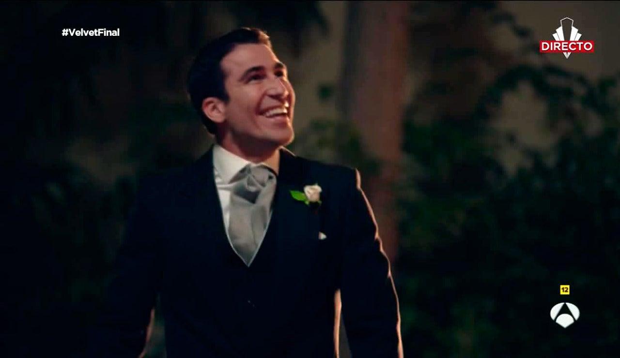 """Alberto grita al mundo entero: """"Ana Rivera te quiero"""""""