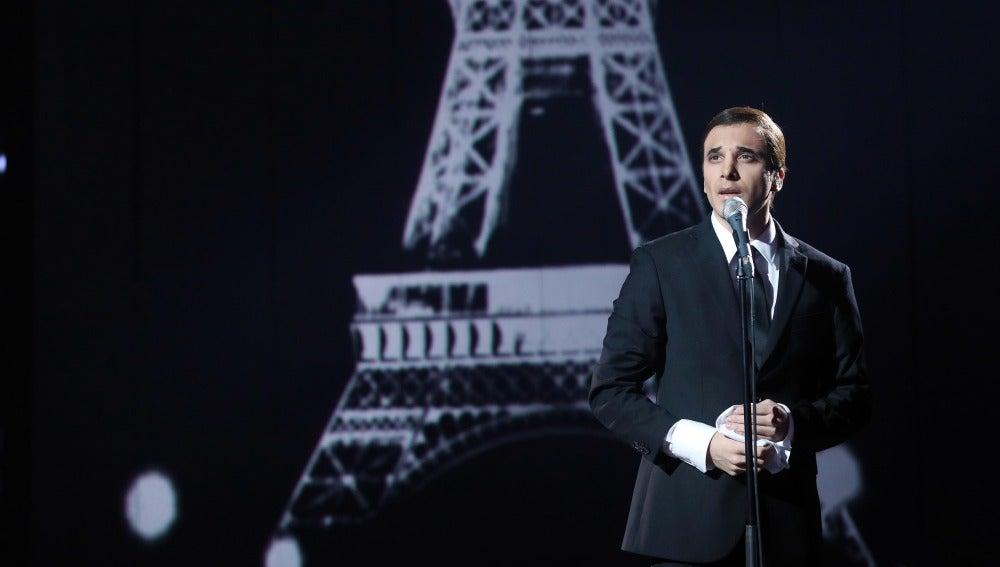 Blas Cantó viaja al pasado para interpretar 'La Bohème' de Charles Aznavour